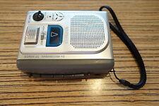 Aiwa TP VS615 Diktiergerät MC Cassette Recorder Sprache . AA Batterie