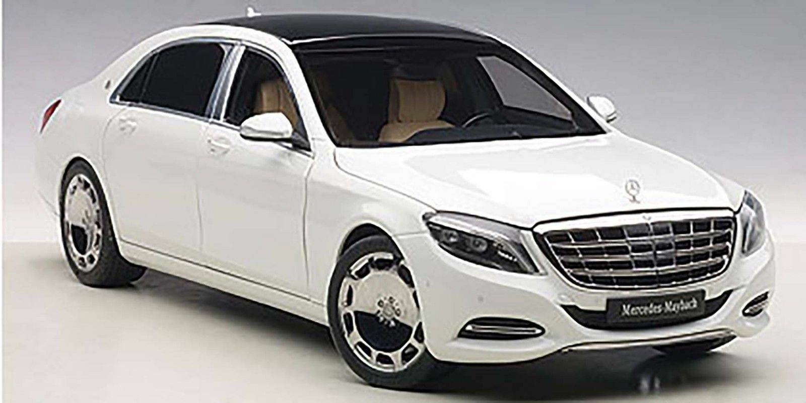AUTOART MERCEDES BENZ MAYBACH S CLASS S600 WHITE 1 18 New Item