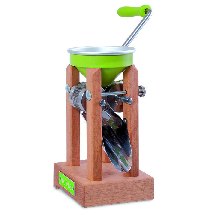Ash Fields Grain Crusher Farmer Table Model with Aluminium Funnel Novia