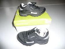 süße schwarze Kinderschuhe von Donnay Gr. 19,5 C3 Sportschuhe Turnschuhe