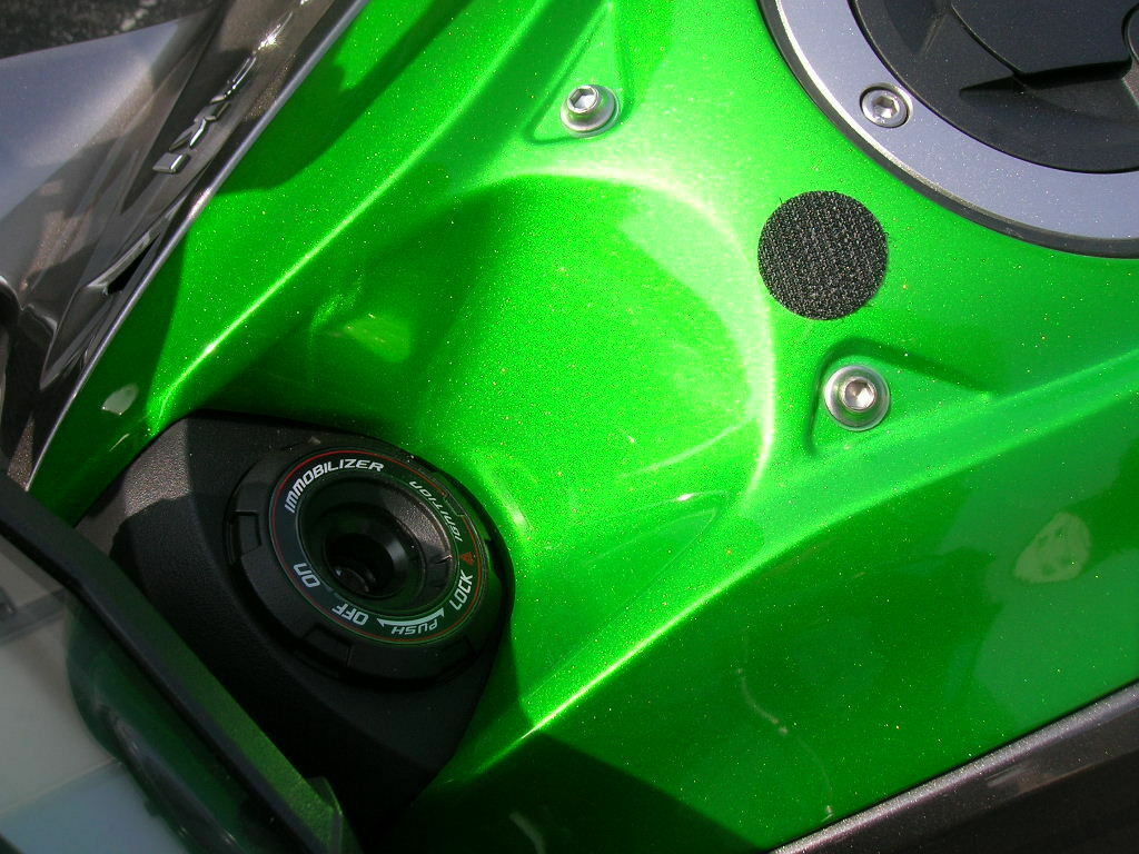 GPZ900R rot//schwarz Bike 0060 Moto Schlüsselanhänger Kawasaki GPZ 900 R