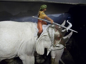 NEW SCHLEICH 70063 & 42079-FIGHTING ELEPHANT+NEW RIDER ATTACHMENT