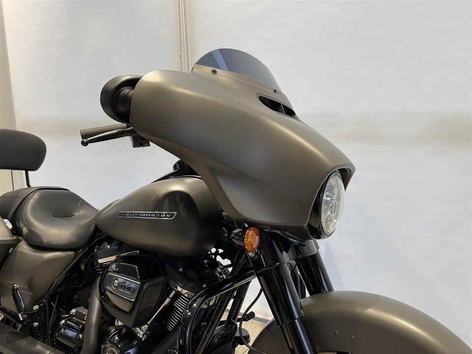 Harley-Davidson, FLHXS Street Glide Special, ccm 1868