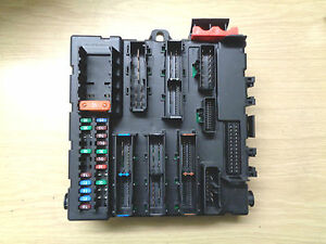 saab 9 3 boot fuse box saab 9 3 93 rear interior boot fuse box 12764435 519161202 ebay  saab 9 3 93 rear interior boot fuse box