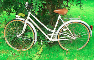 "Ancienne Bicyclette bicyclette ancienne de femme ""jacques anquetil"" vintage 