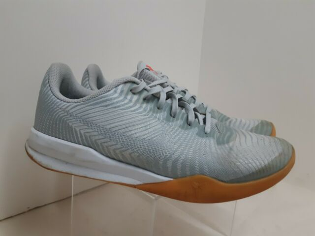 Boys Nike KB Mentality Shoes Size 6