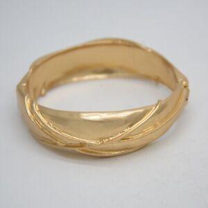 Chico-039-s-jewelry-matte-gold-tone-bracelet-antique-unique-bangle-for-women