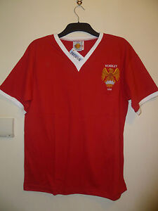 Bnwt-Manchester-United-Home-Retro-SS-Football-1958-FA-Cup-Final-Shirt-Wembley
