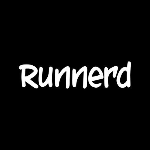 RUNNERD Sticker Car Window Vinyl Decal Cute runner train exercise 13.1 26.2 5K