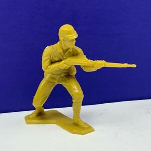 Marx-toy-soldier-Japanese-vintage-ww2-wwii-Pacific-1963-gold-figure-infantry-2