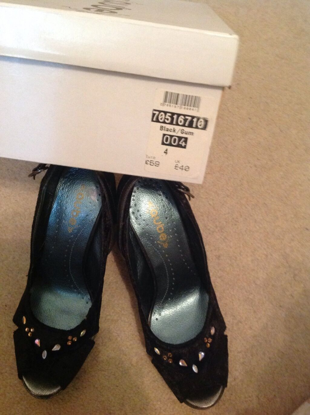 Beautiful ladies shoes new size 4 ( no 12 )