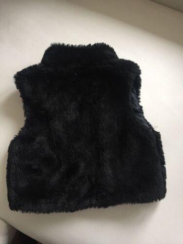 Kunststofffell Gr 8 Jahre Mädchenjacke ohne Ärmel Farbe schwarz