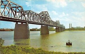 BG21323-louisville-kentucky-george-rogers-clark-memorial-bridge-jeffersonville