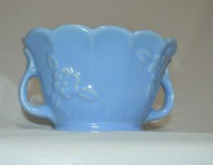Vintage-Periwinkle-Blue-Shawnee-USA-Daisy-Flower-Pottery-Bowl-Planter