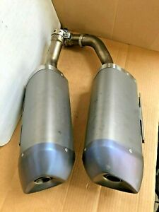 Genuine-Yamaha-YZF-R1-2009-2014-Standard-Left-amp-Right-Exhausts-amp-Guards-14B