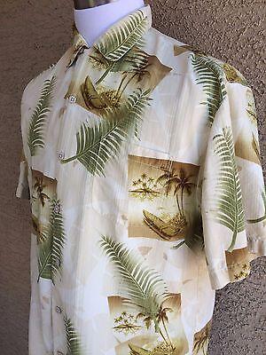 Tommy Bahama Medium 100% Silk Cream Flowers Stamped Tropical Hawaiian Shirt C62