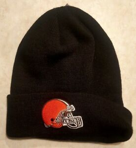 d15c929a354 CLEVELAND BROWNS Hat Raised Cuff Knit Cap Pom Embroidered Logo NFL ...