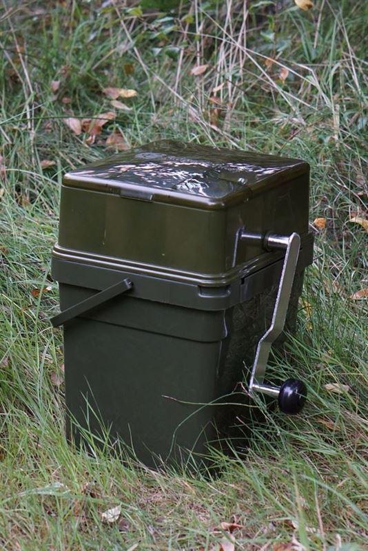 RidgeMonkey 17 Liter Modular Bucket System with Advanced Boilie Crusher