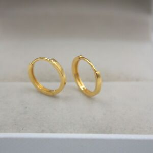 NEW Pure 18K Yellow Gold Earrings Fine Carved Woman Lucky Small Hoop 10mmDia