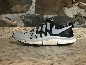 799fd3883094 Nike Free Trainer 5.0 Running Shoes WHITE BLACK SZ 10 PRE-OWNED USED ...