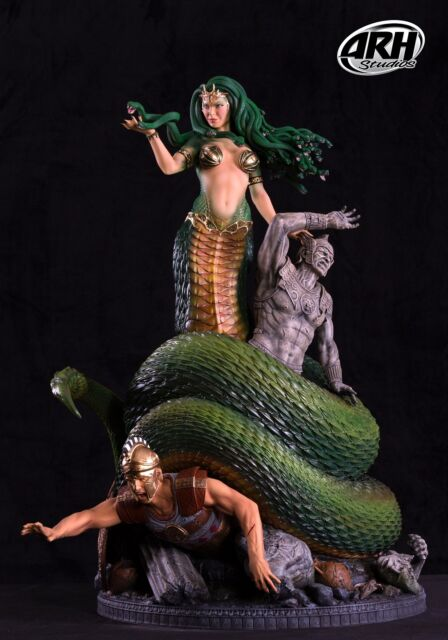 Medusa Victorious EX 1/4 th Statue by ARH Studios