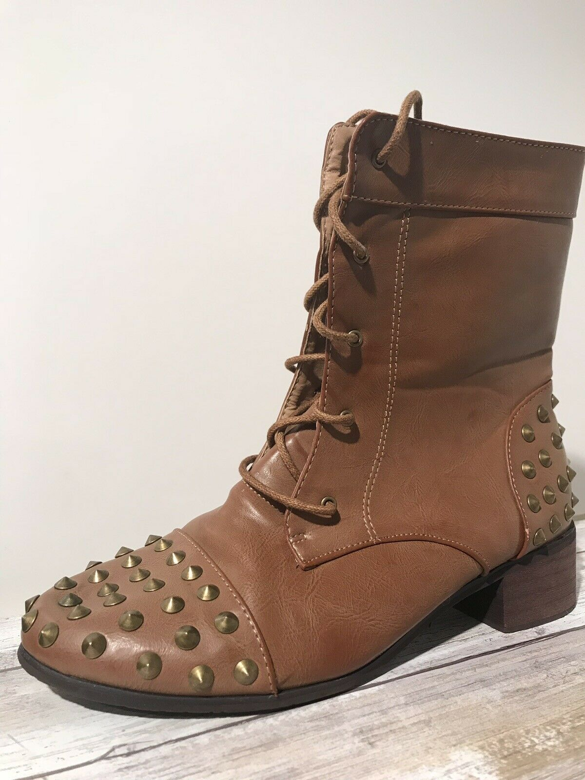 Women's Combat Boots Size 8 - Brown Cognac Leather & gold Studded Heel & Toe