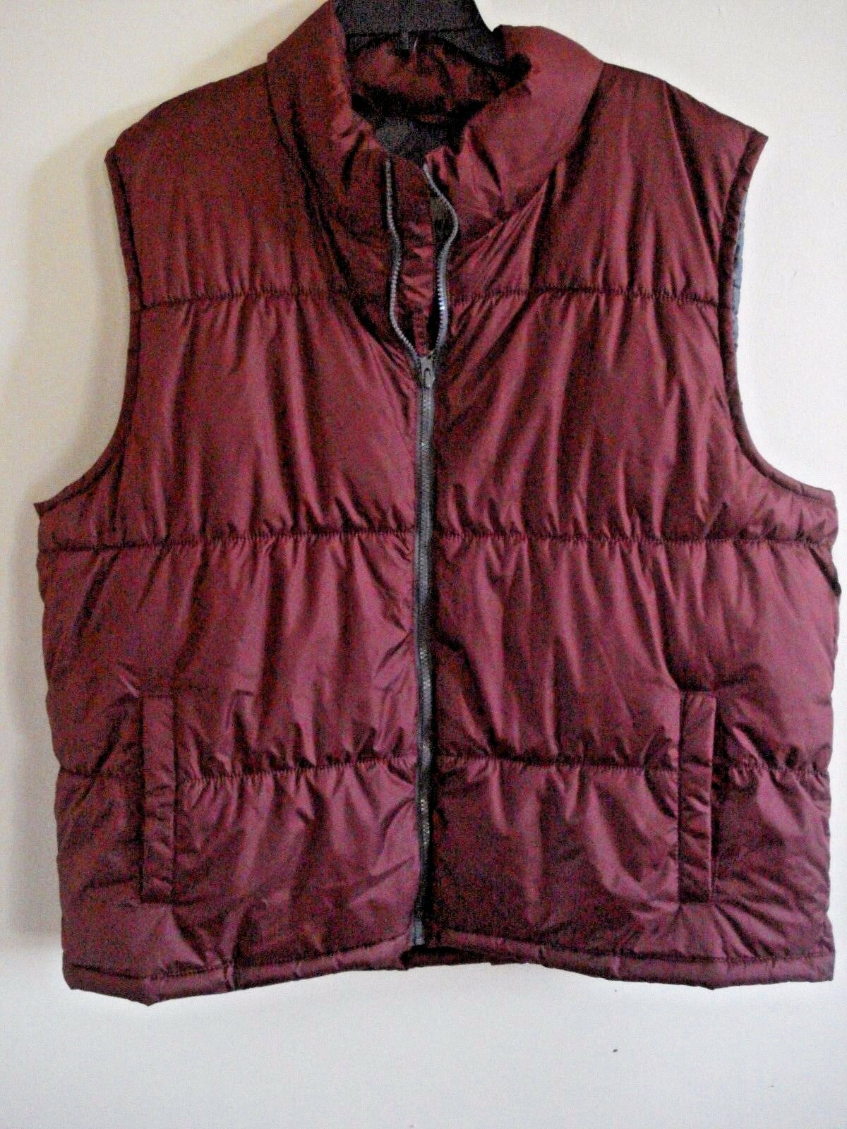 Mens Old Navy Outdoor Vest Frost Free Wine  Size 2X