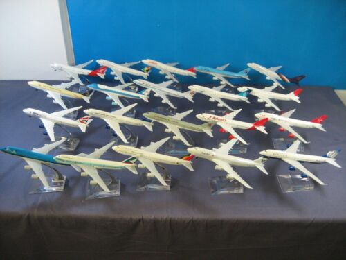 40PCS Boeing 747 pasajero avión avioneta Modelo Diecast Metal Avión Colección