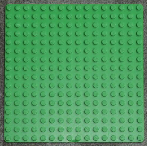 REDUCED Genuine Lego Bright Green Baseplate 6098 16x16