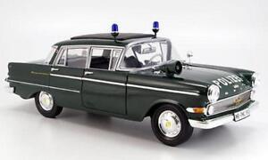 Opel Kapitan 1961 Police Revell 08875 1:18 Allemagne 1/18 Police