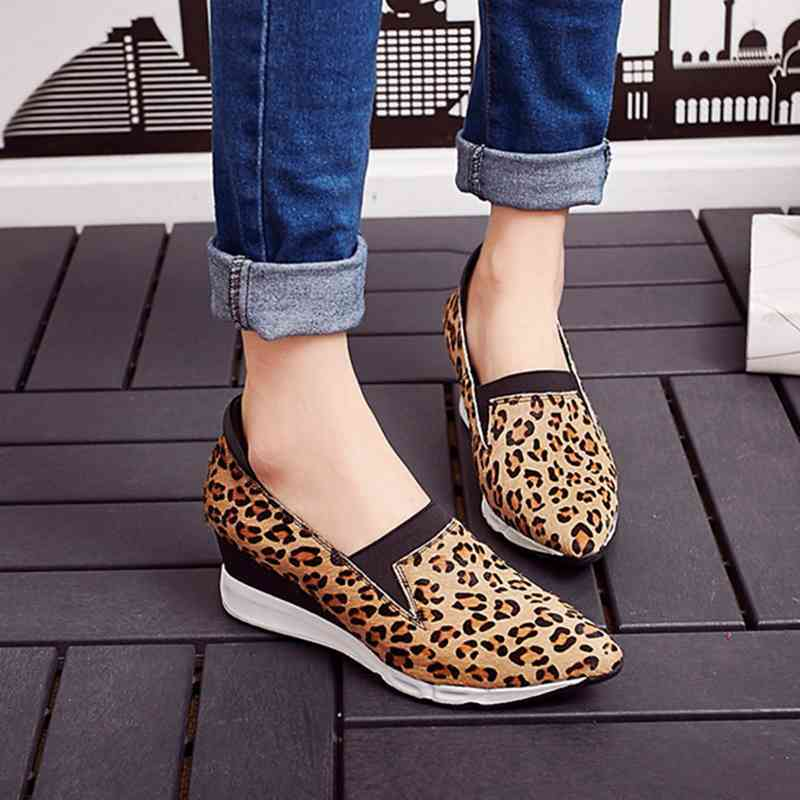 Womens Leopard Slip On shoes Leather Leather Leather Pointy Toe Med Wedge Heels Suede Pumps Size b13bd2