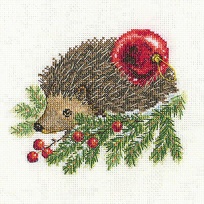 "Counted Cross Stitch Kit RTO C271 /""Christmas elf/"""