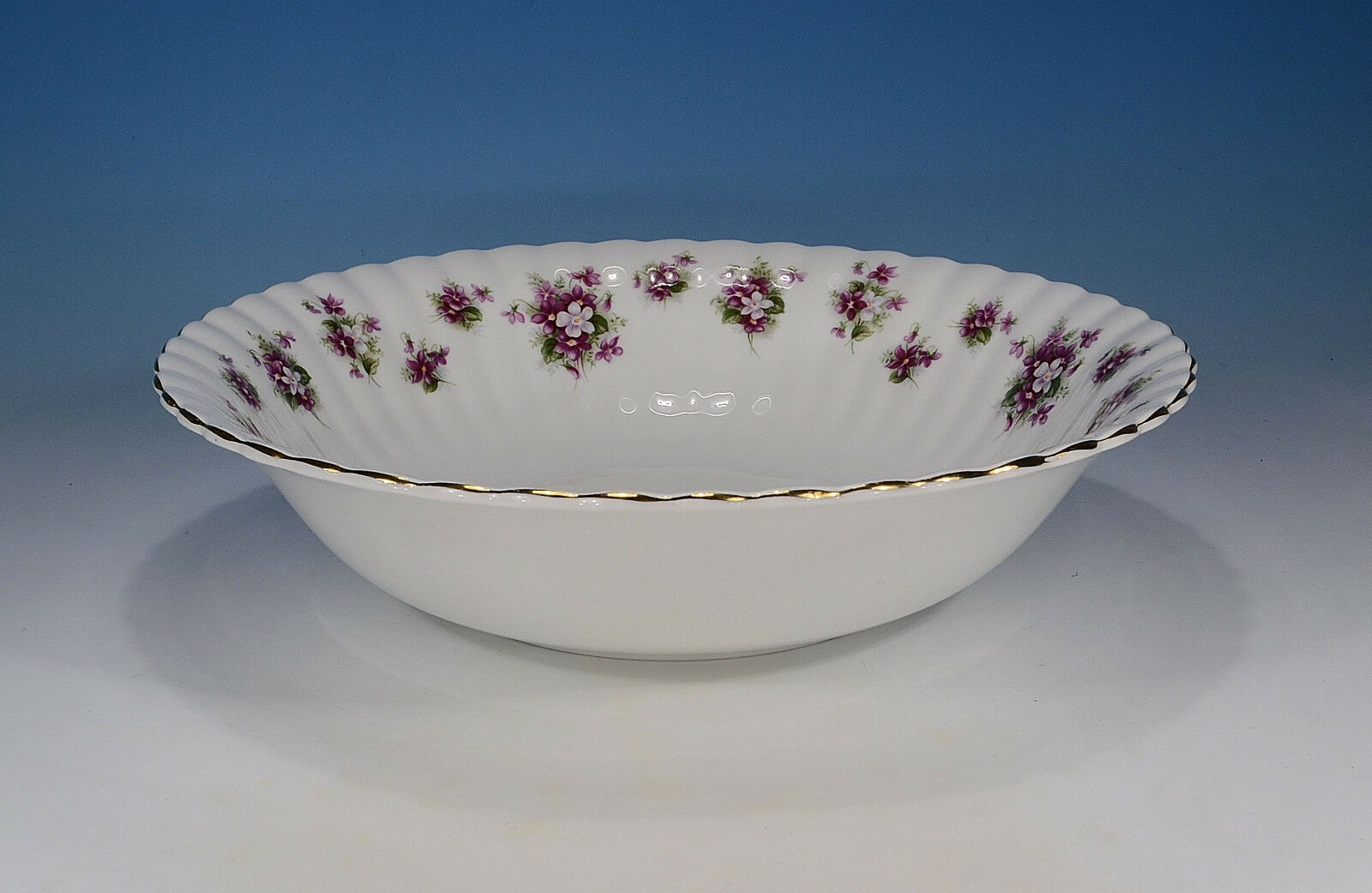 Royal Albert  Sweet purples  Schale 23,5 cm.
