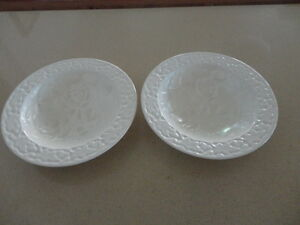 Two-Crown-Devon-Embossed-cream-coloured-Bowls