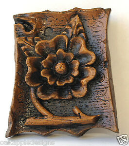 Tudor-Rose-Ornament-Wall-Plaque-Foliage-Medieval-Cottage-Decor-Cathedral-Carving