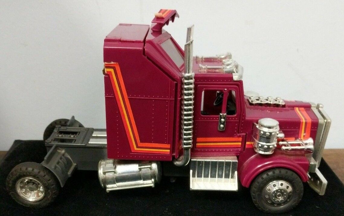 Vintage RARE Kenner Kenner Kenner M.A.S.K.1986 Rhino Tractor Rig W Both Drivers Figure C5-11 d7b7ee