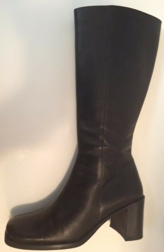"""Leather Boots cf by Falchi expandable slit barely worn 2 3/4"""" heel Sz. 8.5"""