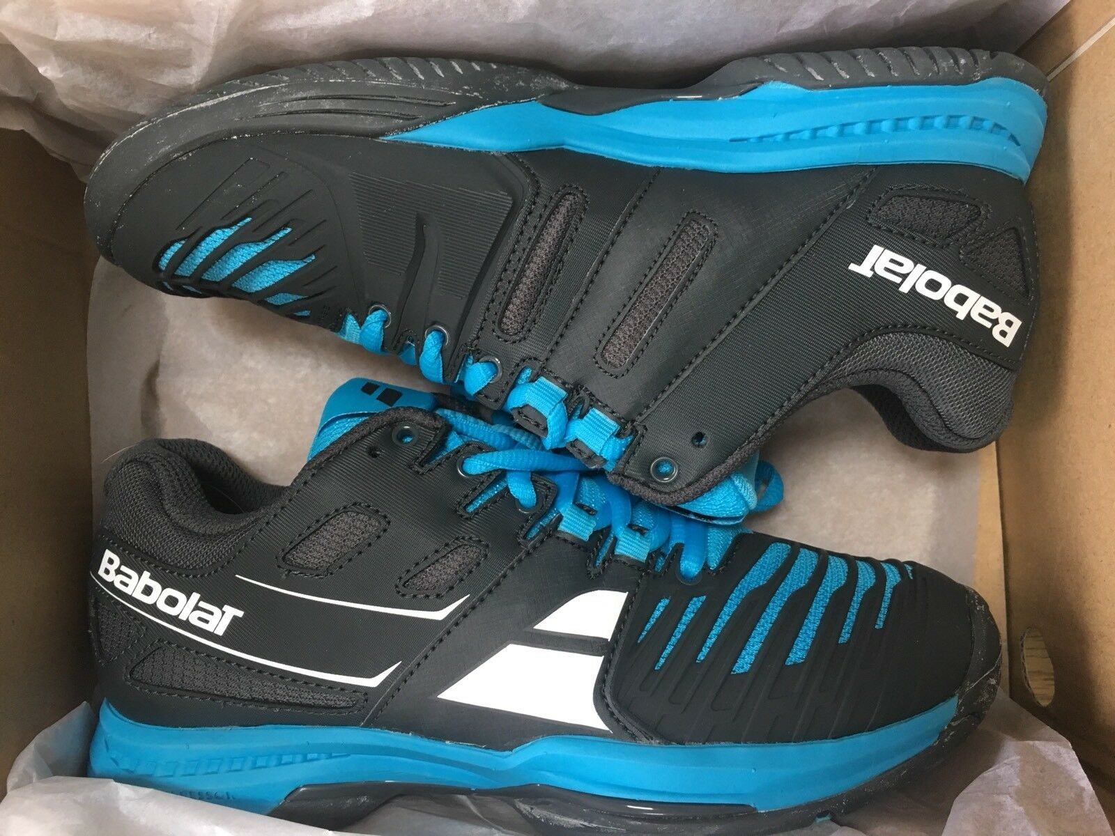 Babolat SFX All Court Trainer, size 4.5, BNIB