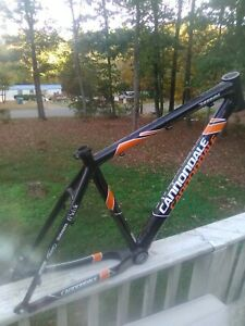 Carbon-Hard-Tail-20-034-Large-Cannondale-Taurine-Team-Replica-Frame