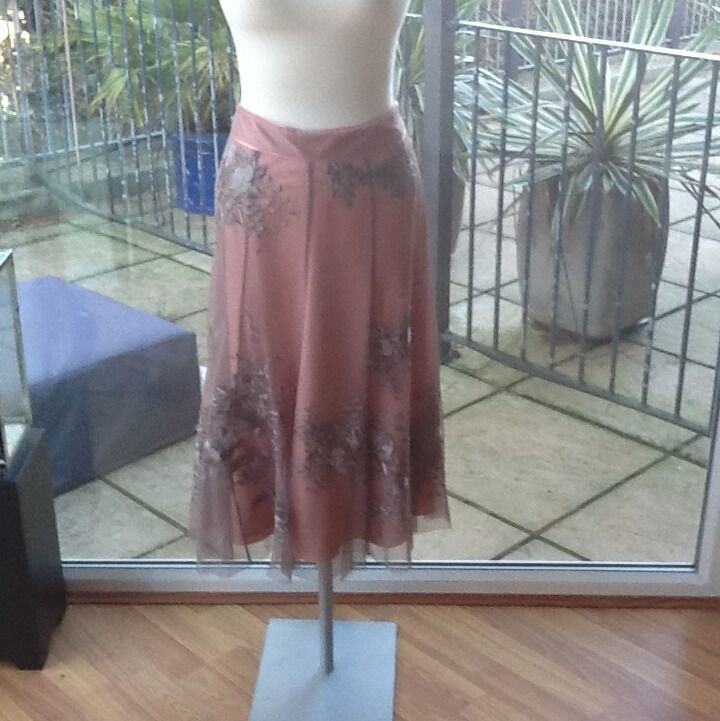 Monsoon Originals Coral Skirt With Mink Net And Flower GatsbyEmbroidery Size 14