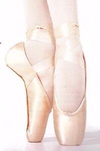 New/Box Capezio Aria Satin Pointe Toe Shoes 121ES 3 widths Broad toebox #5 shank