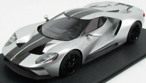 TRUESCALE 1/18 FORD USA   GT CHICAGO AUTO SHOW 2015   INGOT SILVER