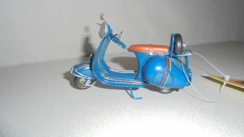 ca.11cm Mini-Roller blau Oldtimer Blech-Modell