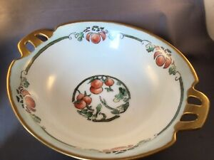 "ANTIQUE PORCELAIN HANDLED 8-1/2"" BOWL HAND-PAINTED TOMATO SIGNED ANNIE METZ 1922"