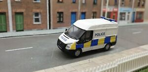 1-76-Code-3-Police-Oxford-Diecast-medium-roof-Ford-Transit