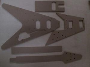 Flying-V-67er-Gitarre-Schablone-templates-Gitarrenbau
