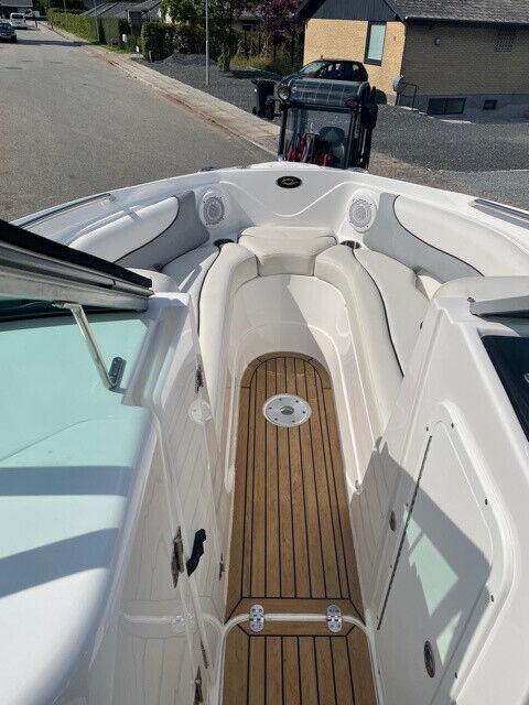 Rinker 246BR flot velpasset båd
