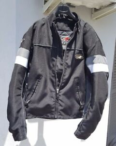 Giacca-moto-AlpineStars-protezioni-spalle-e-gomiti