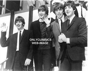 The Beatles Fab 4 Rock & Rouleau Bande Arrive En America 8X10 Photo Music