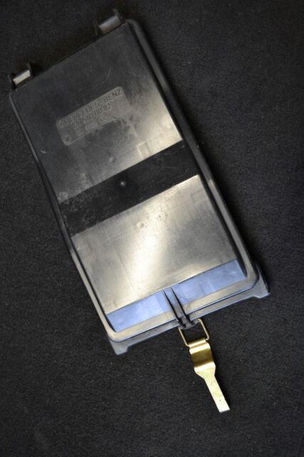 Mercedes W126 280S Abdeckung Sicherungskasten Deckel 1265400182